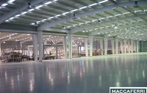 Construcción de la nave de manufactura y oficinas MACCAFERRI